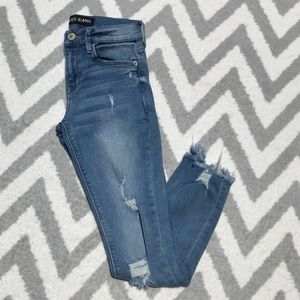 Express | Ultimate Stretch Mid Rise Ankle Jeans